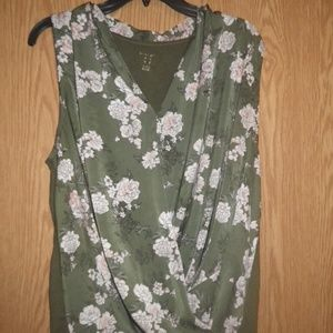 a.n.a pretty women's blouse size  X large